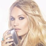 Carrie Underwood pic